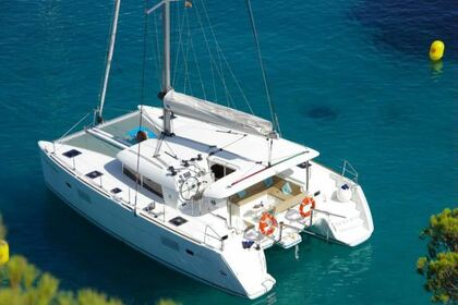 Location Catamaran LAGOON 400 con placas solares Ibiza