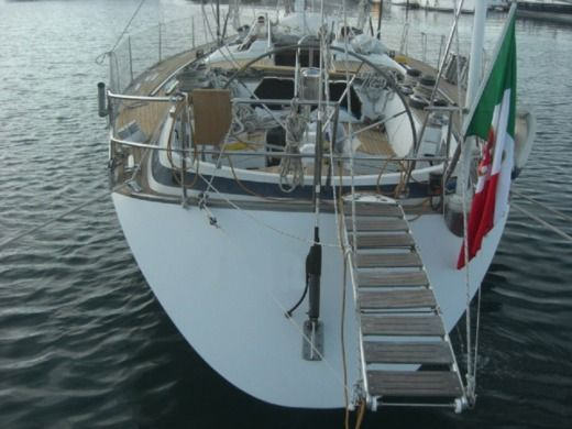 Sailboat GRAND Soleil 52 for hire