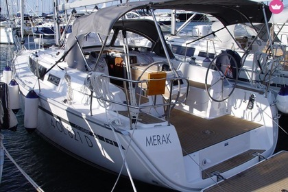 Rental Sailboat BAVARIA 34 CRUISER Portisco