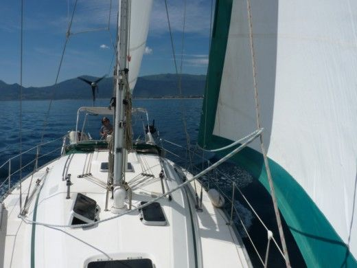 Sailboat BAVARIA 38 HOLIDAYS for hire
