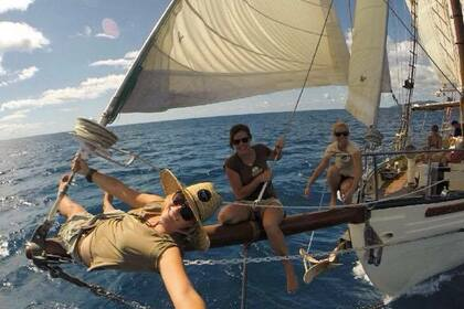 Charter Sailboat Derwent 72 Whitsunday Islands