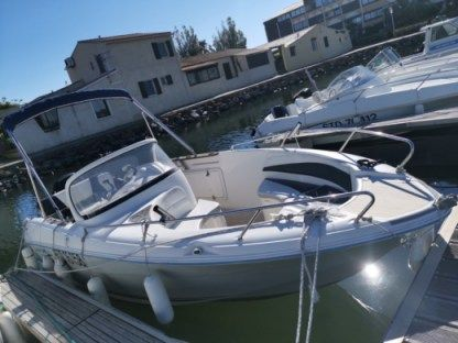 Rental Motorboat Quicksilver 600 Commander Agde