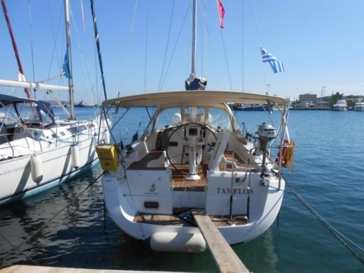 Charter Sailboat Beneteau Oceanis 37 Lavrio
