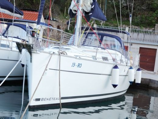 Sailboat Beneteau Cyclades 39.3. Pharos