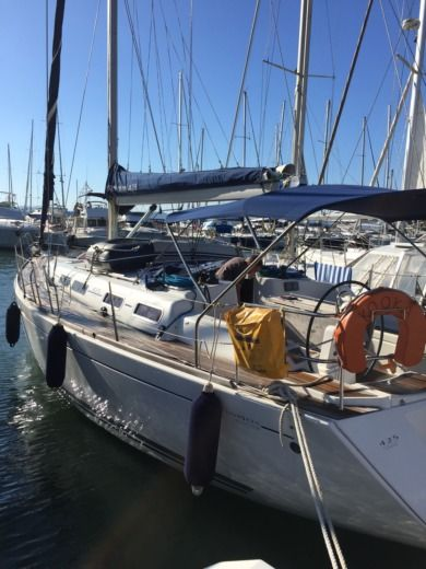Sailboat DUFOUR 425 GRAND LARGE for hire