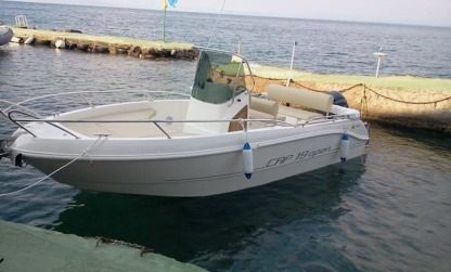 Charter Motorboat Capelli Open 19 Le Rove