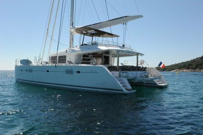 Location Catamaran Lagoon 560 Cannes