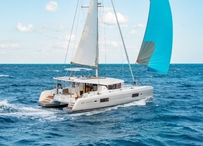 Location Catamaran Lagoon 42 Alimos