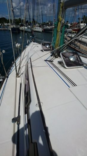 Dufour 375 GL in Pointe-à-Pitre for hire