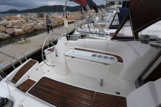 DUFOUR YACHTS GIB'SEA 37 in Hyères for hire