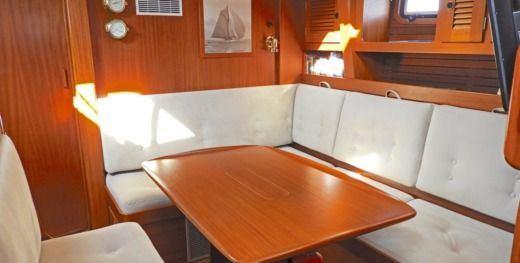 Sailboat Hallberg-Rassy 49 for hire