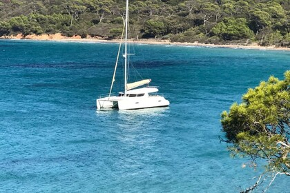 Rental Catamaran FOUNTAINE PAJOT LIPARI 41 Hyères