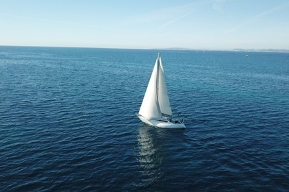 Hire Sailboat Furia 33 S'Arenal