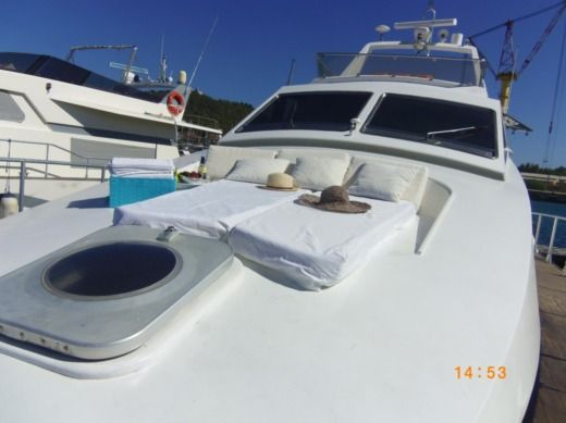 Motorboat Tecnomarine By Picchiotti C 60 for hire