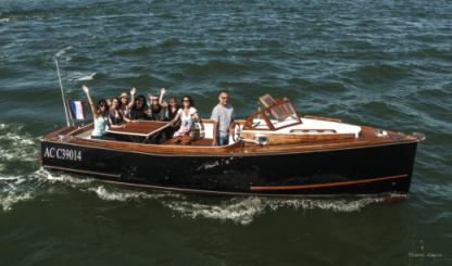 Charter Motorboat Nantucket Typique Arcachon