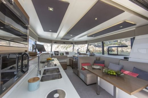 FOUNTAINE PAJOT MY 37 in Saint-Florent for hire