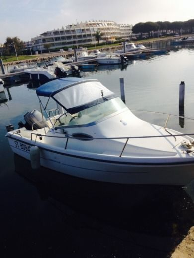 SBPEM Eurofish 520 Day Cruiser HB in Le Grau-du-Roi for hire