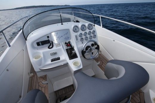 Motorboat Sunseeker XS Sport peer-to-peer