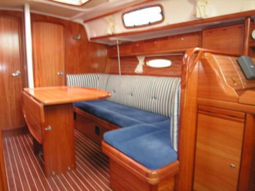 Location Voilier Bavaria 37 Cruiser Loctudy