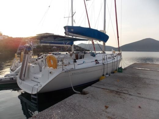 Beneteau Cyclades 43.4 in Milina for hire