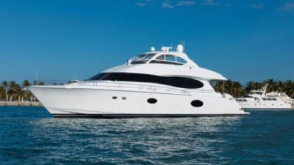 Charter Motorboat Lazzara 84 Miami Beach
