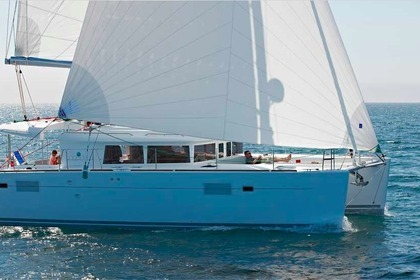 Hire Catamaran LAGOON 450 F Syracuse