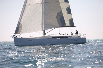 Hire Sailboat JEANNEAU SUN ODYSSEY 449 Saint Thomas