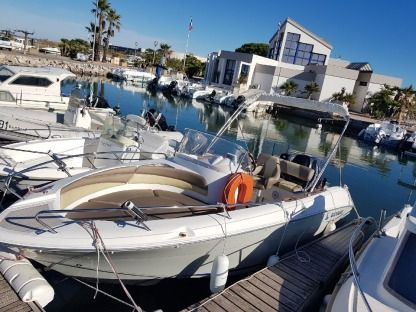 Rental Motorboat Quicksilver Commander 600 Palavas-les-Flots