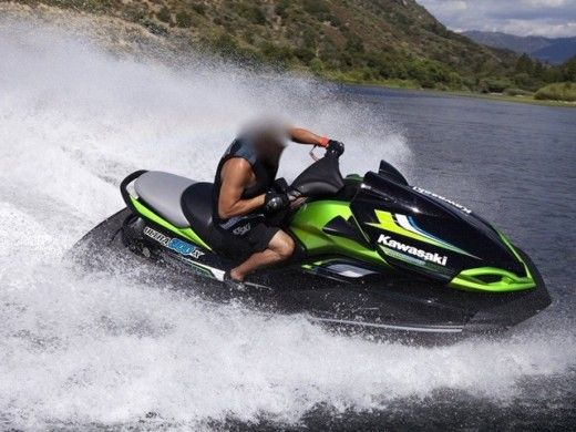 KAWASAKI ULTRA 300X in Propriano peer-to-peer