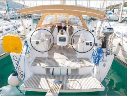 Sailboat Dufour 450 Grand Large for hire