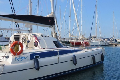 Hire Catamaran FOUNTAINE PAJOT XANTIGUA 37 Premià de Mar