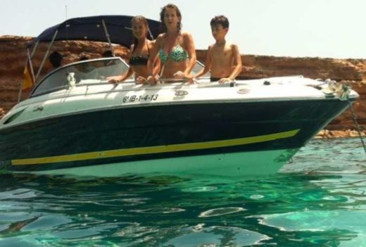 Monterey 268ss in Ibiza for hire