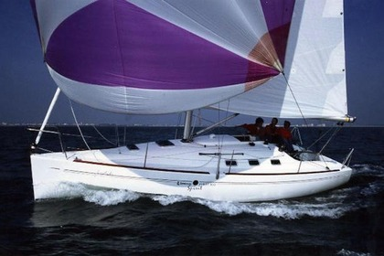 Rental Sailboat BENETEAU FIRST 300 SPIRIT Brest