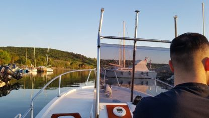 Rental Motorboat Lazzaretto Open Salpa 540 Trieste