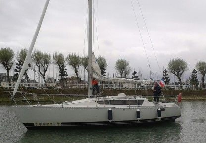 Charter Sailboat Kirié Feeling 920 Dl Deauville