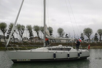 Rental Sailboat KIRIE - FEELING feeling 920 DL Deauville
