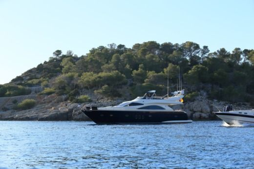 Astondoa 66 in Sant Antoni de Portmany peer-to-peer