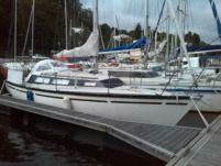Dufour Dufour 29 in Locquirec for hire