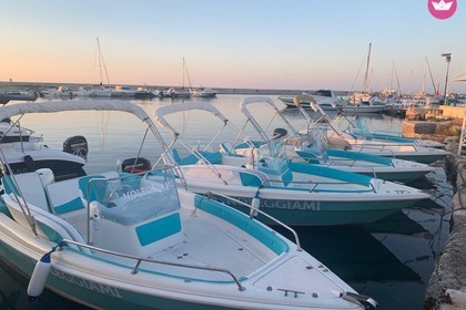 Charter Motorboat Coverline Pescosa 5.5 Ostuni