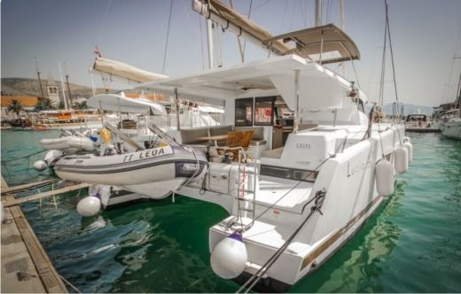 Catamaran FOUNTAINE PAJOT Lucia 40 entre particuliers