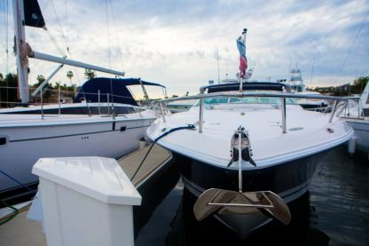 Rental Motorboat Donzi Express Cruiser 39Zsc Newport Beach