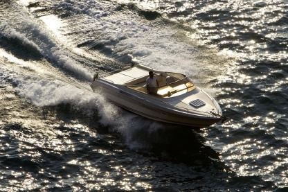 Charter Motorboat Cranchi Clipper 760 Sorrento