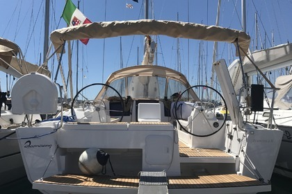 Hire Sailboat DUFOUR 412 GL Portisco