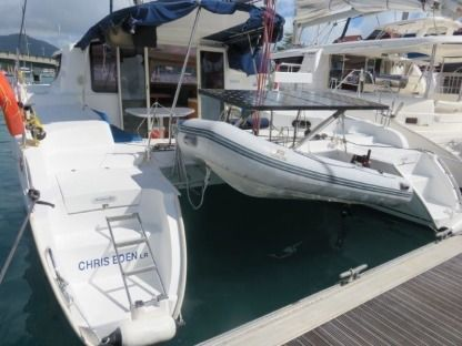Rental Catamaran Fountaine Pajot Mahe 36 Victoria