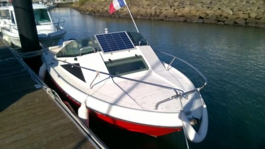 Motorboat BENETEAU FLYER560 CAB peer-to-peer