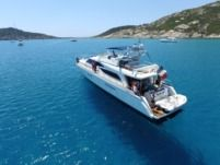 Charter Motorboat Guy Couach 2100 Fly Saint-Tropez