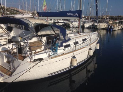 Dufour Grand Large 365 a Piombino da noleggiare