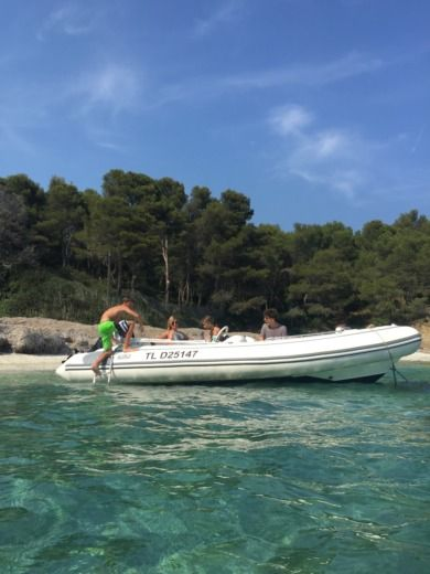 Avon Seasport in Bormes-les-Mimosas for hire