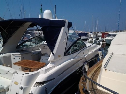 Charter motorboat in Nettuno RM peer-to-peer
