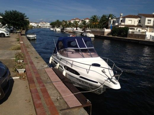 Motorboat RIO 700 CABINE CRUISER for hire